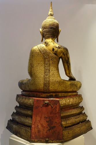 Antiquités - A huge bronze Bouddha on his base , Thailand,2nd half of the 19th c.