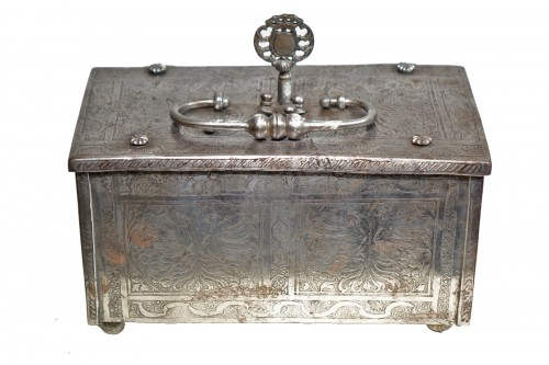 Polished and Engraved Iron Case, Nuremberg 16th Century
