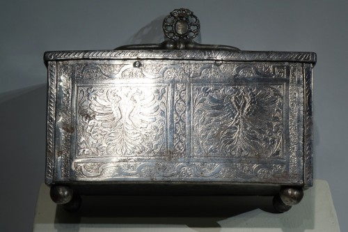 Polished and Engraved Iron Case, Nuremberg 16th Century -