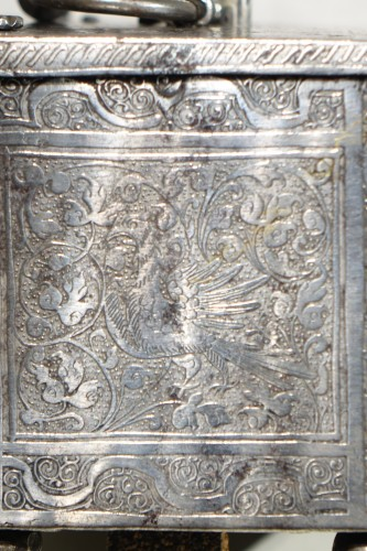 Polished and Engraved Iron Case, Nuremberg 16th Century - Renaissance
