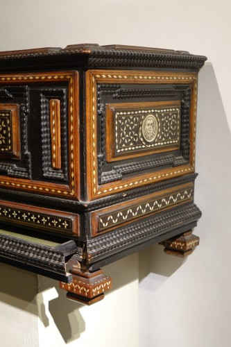 Small chest with flap and baseboard drawer, Venice, late 16th century. -