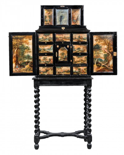 Antwerp cabinet with painted interiors, Flanders, 17th c.