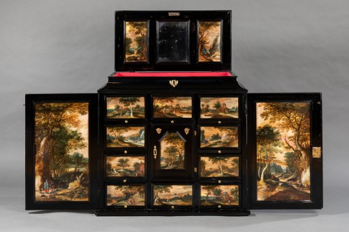 Antwerp cabinet with painted interiors, Flanders, 17th c. - Furniture Style Louis XIII