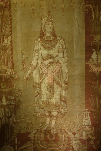 Large Orientalist door panel  representing a Mesopotamian queen (of a pair) - Tapestry & Carpet Style Art nouveau