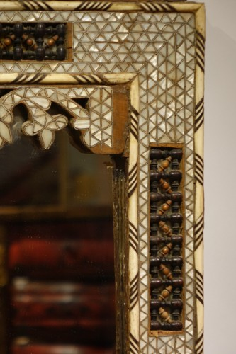 19th century - Large mirror with mother-of-pearl inlay, Syria, late 19th century