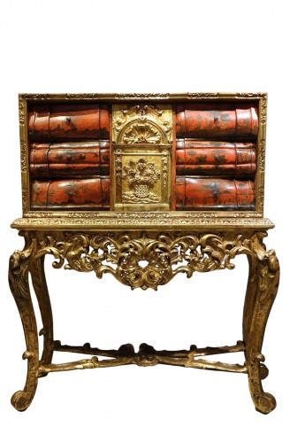 Painted wood and gilded wood cabinet, 18th century Venice