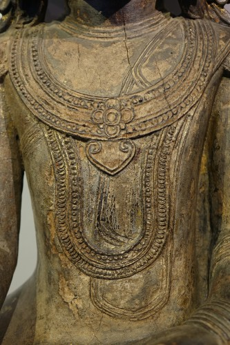 - Large lacquered wood Buddha, Shan States style, Burma, 19th c.