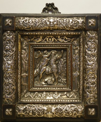 Embossed metal plate with allegorical figures, Prague 16th century - Religious Antiques Style Renaissance