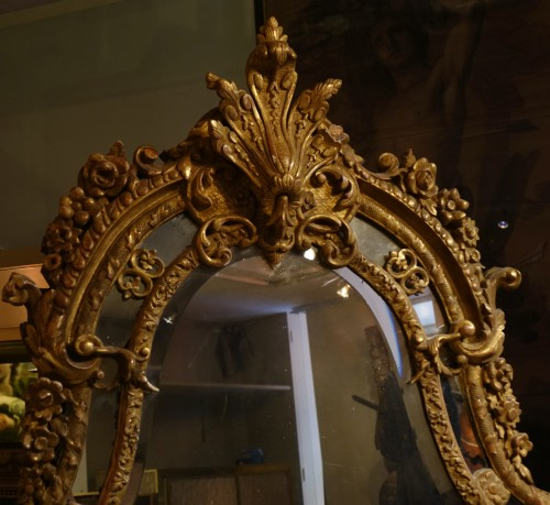 Mirrors, Trumeau  - Very large gilt wood Regency period mirror, France, circa 1720