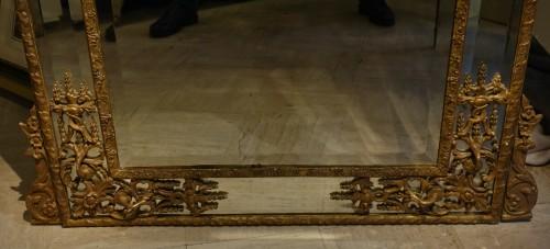 Very large gilt wood Regency period mirror, France, circa 1720 - French Regence