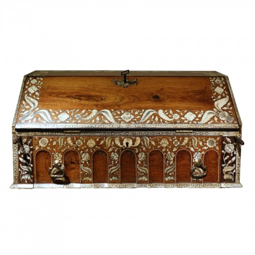 Rosewood and ivory writing table, Vizagapatam, India for the English market
