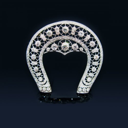 "Brooch ""belle epoque"" horseshoe decor"