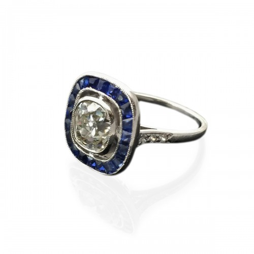 Art Deco ring circa 1925