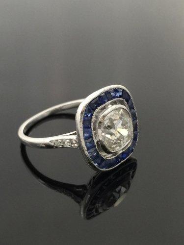 Antique Jewellery  - Art Deco ring circa 1925