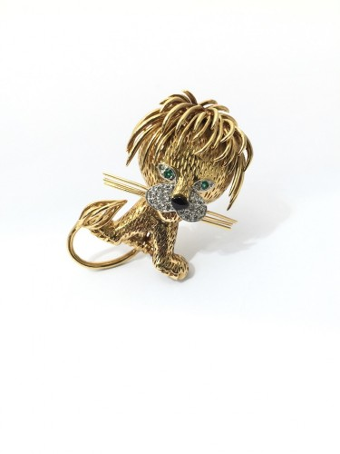 "Van Cleef & Arpels - Brooch ""Ruffled Lion"" -"