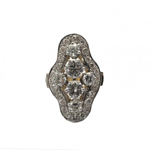Bague oblongue diamants