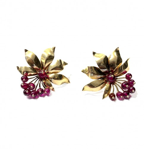 """Red berry"" earrings"
