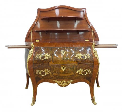 Commode formant présentoir attribuée à Mattyjs Horrix, Hollande vers 1765-1770