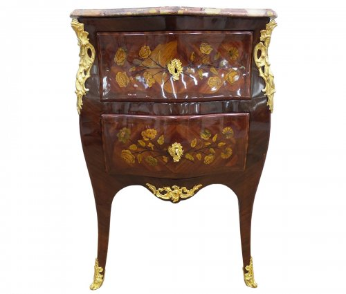 Commode Louis XV estampillée P. Mantel