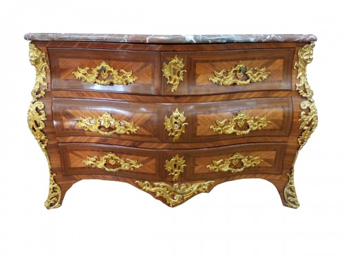 Commode tombeau d'époque Louis XV