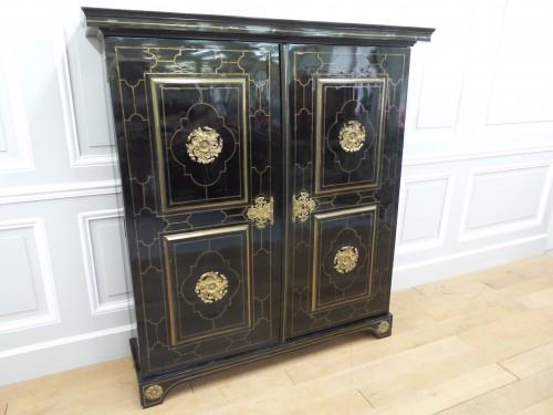 18th century - Louis XIV Cabinet in ebony