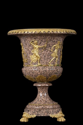 Vase in Swedish porphyry -