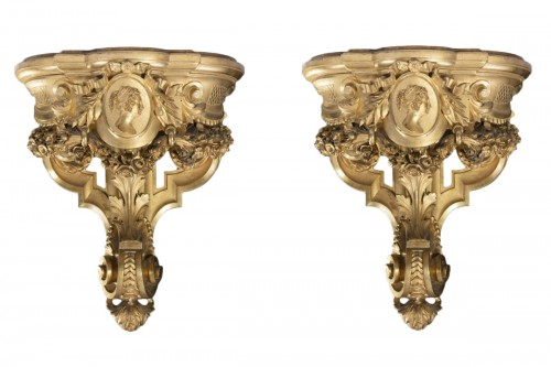 Pair of carved and gilded wooden shelves