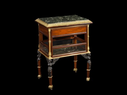 18th century - Table in mahogany wood and gilt bronze