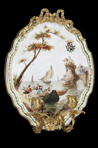 Pair of appliques in painted porcelaine and gilde bronzes  - Lighting Style