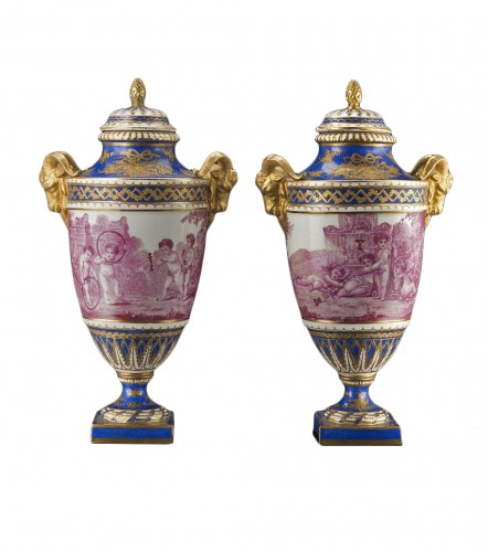Pair of porcelaine vases blue