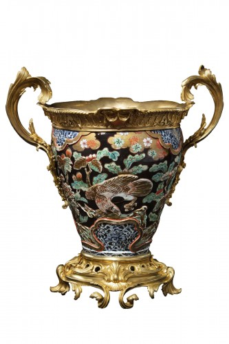 Vase in polychrome porcelain and bronze