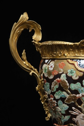 Decorative Objects  - Vase in polychrome porcelain and bronze