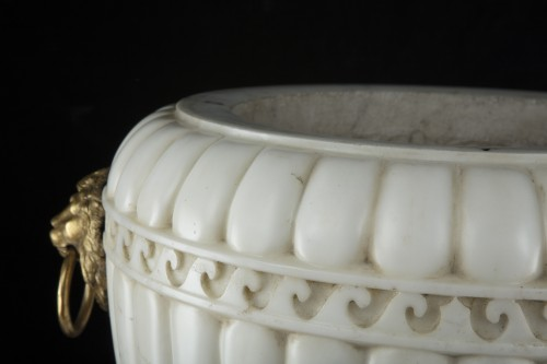 Decorative Objects  - Pair vases