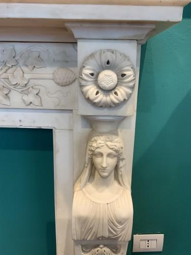 18th century - Neoclassical Italia Fireplace