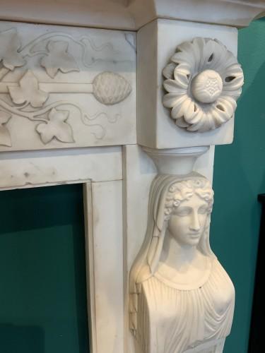 Antiquités - Neoclassical Italia Fireplace