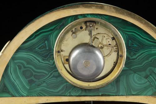 Pendule bronze te malachite - Horology Style Directoire