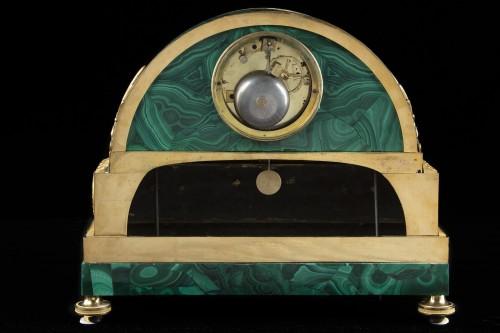 Horology  - Pendule bronze te malachite
