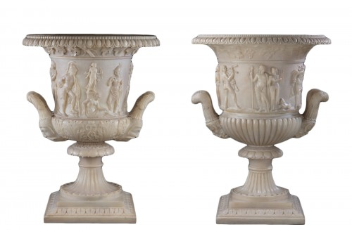 Pair of Medici vases