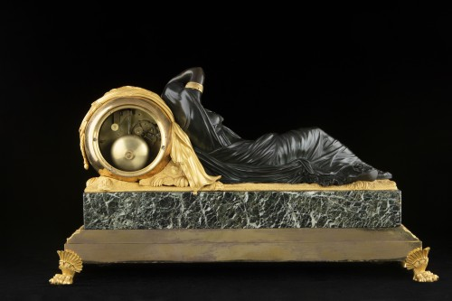 "Horology  - ""ARIANNA"" bronze clock signed Galle rue Vivienne"