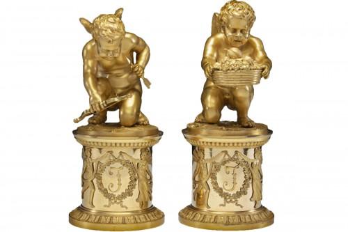 Pair of bronze Putti