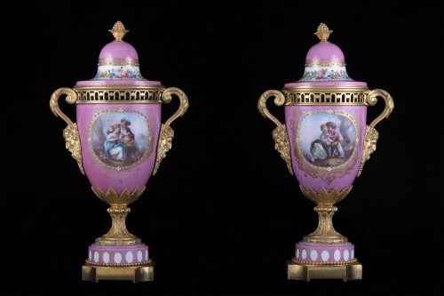 Pair porcelain and bronze vases - Decorative Objects Style