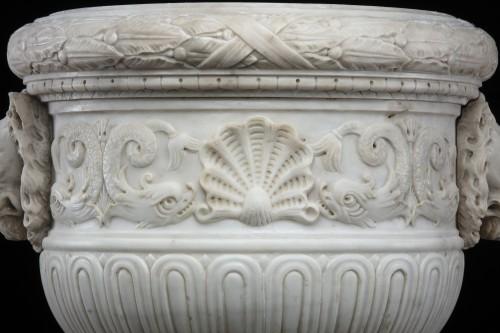 Antiquités - Vase in white statuary marble