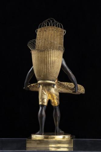 "Bronze Sculpture ""Au Negre""  - France Empire period - Decorative Objects Style Empire"