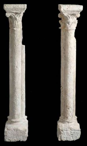 13 th century pair of gothic columns