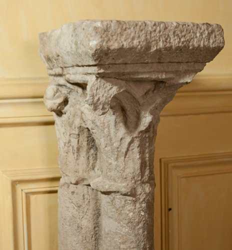 13 th century pair of gothic columns - Middle age