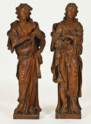 18th century - Pair of oak figures of angels or virtues, c. 1700