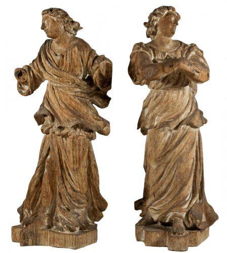 Pair of baroque angels of the 17th century