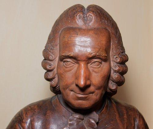 Terracotta bust of elderly Jean-Jacques Rousseau by J-B Budelot 1775 -