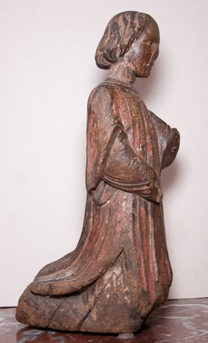 16th century - Figure of kneeling angel, early 14th century