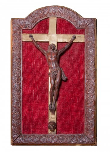 Small Saint Lucia wood corpus in its wooden frame by Bagard